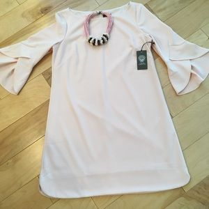 NWT 12 Vince Camuto Pink Mini Dress Shaped Sleeves